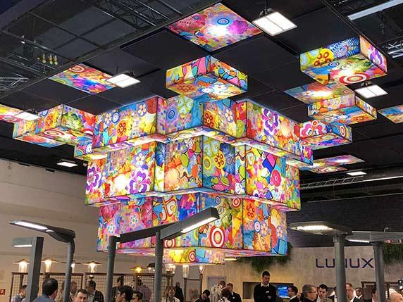 Light+Building kann auch bunt.