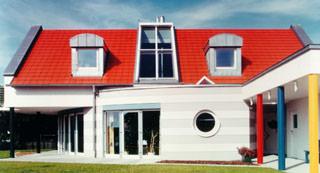 Wärmedämm-Verbundsysteme, WDVS, Wärmedämmung, Fassadendämmung, Wärmeschutz, gedämmte Fassade, Wärmedämmverbundsysteme, WDV-Systeme, Außenfassade, Energieverluste, Dämm-Materialien, Polystyrol-Platten, Hartschaum-Platten, Steinwolle-Platten, Mineralschaumplatten, Fassadenrenovierung, Dämmung, Kältebrücken