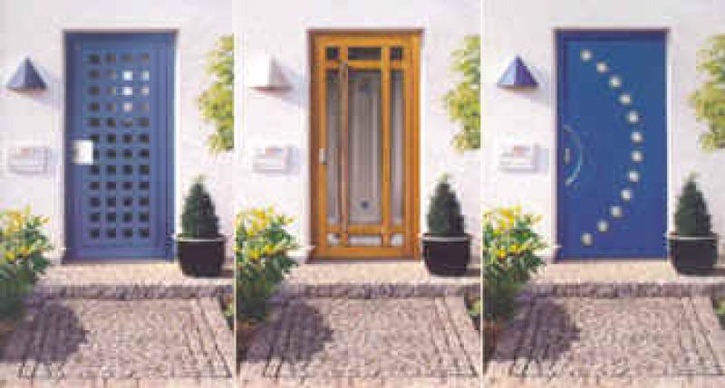 drei Haustüren