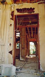 Hauskauf, Altbauten, Schadstoffe, Formaldehyd, Pestizide, Holzschutzmittel, Lösemittel, Pilze, Schimmelpilze, Hausstaub, Heizgewohnheiten, Lüftungsgewohnheiten