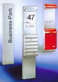 Briefkästen, Briefkasten, Hauseingang, Briefkastenvarianten, Edelstahl, Stahlblech, Briefkastenschlitz, Briefkastenanlage, Klingelanlage, Klingelanlagen