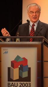 Bundesminister für Verkehr, Bau- und Wohnungswesen, Dr. Manfred Stolpe, Bundesbauminister