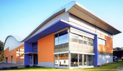 Massivdach, Dachsysteme, massive Dächer, Dachplatten, Flachdach, Pultdach, Tonnendach, Eindeckung, Porenbeton, massive Dächer, Dacheindeckung, Dämmung