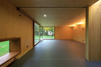 jubil um 125 jahre linoleumproduktion in deutschland. Black Bedroom Furniture Sets. Home Design Ideas