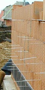 Universal-Maueranker für Einsatz im Dünnbettmörtel geprüft und zugelassen