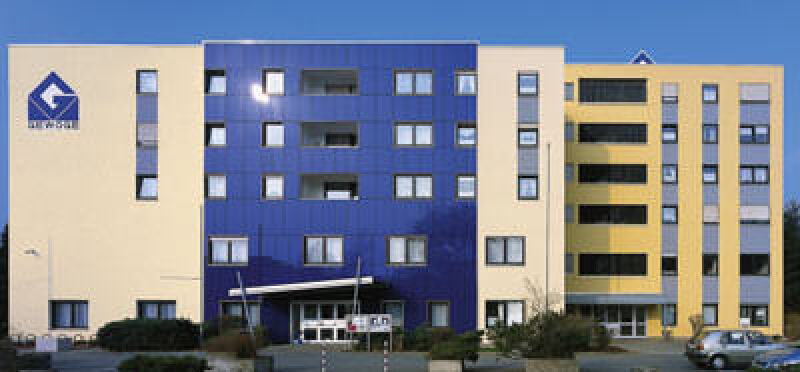 vorgehängte Fassade, Wärmedämmverbundsystem, Vorhangfassade, Fassadentechnik, Fassadendämmung