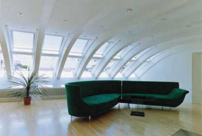Dachwohnfenster, VELUX-Fenster, Dachfenster, Dachflächenfenster, Tageslichtplanung, Tageslicht, Beleuchtung, Dachausbau, Fenster, Fenstersysteme, Dachwohnfenster, Dachgeschosswohnungen