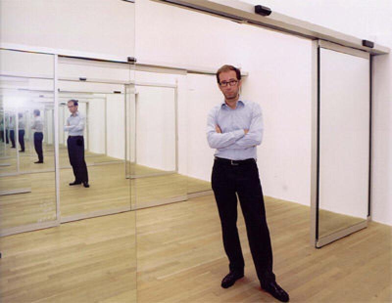 Automatiktüren, automatische Türsysteme, Schiebetüren, Londoner Museum! Museum Modern Tate, automatische Schiebetüranlagen, Spiegelglas, Tür, Türen