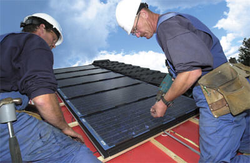 Photovoltaik-Anlagen, Solarstrom, Photovoltaik, Dachbaustoffe, Solarmodule, Photovoltaikanlagen, Dächer, PV-Systeme, Solarzellen, Solarmodule, Dachpfannen, Dachsanierung