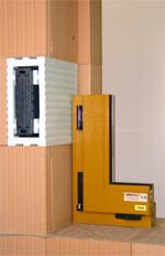 Mauerwerk, Fensteranschluß, Rollladenkasten, Gebäudehülle, Hausbau, Wärmedämmung, Öffnungen, Fenster, Planziegel, Fensteranschlagziegel, Außenwand, Außenwände, Wandbaustoff, Wärmeleitzahl, Fenstereinbau, Rollladenkästen