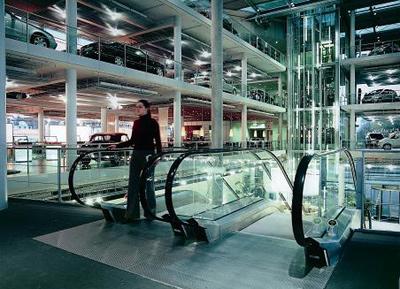 Rolltreppen, Fahrstühle, Fördertechnik für DaimlerChrysler München