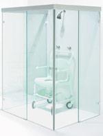glasveredelung dillingen zeigt barrierefreies bad design aus glas behindertengerechte dusche. Black Bedroom Furniture Sets. Home Design Ideas
