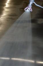 leitfähige Bodenbeschichtung, Wasserlack, ESD-Boden, Industrieboden, Epoxidharz-Beschichtung, Renovierungsanstrich, elektrostatische Aufladung, Polyurethan-Oberfläche, ESD-Böden