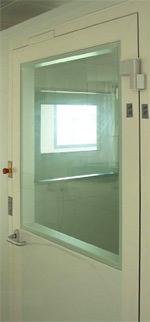 Reinraum, Clearroom, Schleusentür-Steuerungssystem, Reinräume, Laborräume, Türen, Reinraumtüren, Reinraumtür, Reinraumtechnik, Schleusentür, Schleusentüren, Türverriegelung