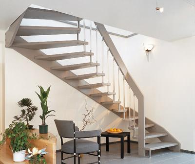 Holztreppe, Trittschallschutz, Treppe, Treppen, Trittschall, Wohnungstreppe, Reihenhaus, Doppelhäuser, Haustrennwand, Massivholztreppe, Verankerungstechnik, Körperschall