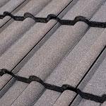 Dachsanierung: Dach grundieren