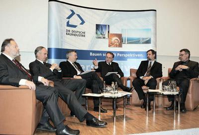 Podiumsdiskussion: Prof. Gemünden, Dr. Keitel, Prof. Bauer, Prof. Bornmüller, Dr.Stein, Prof.Kochendörfer