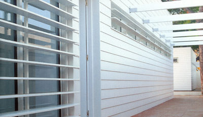Fassade, hinterlüftete Fassade, Vorhangfassade, vorgehängte hinterlüftete Fassadenbekleidung, Teilfassade, Vollfassade