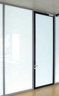 isolierglast ren und verglasungen in blicher t rblattdicke. Black Bedroom Furniture Sets. Home Design Ideas
