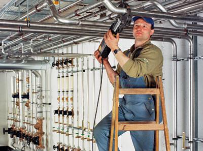 Trinkwasserinstallation, Pressfitting, Edelstahlrohre, Edelstahlrohr, Edelstahlleitung, Trinkwasserverordnung, Lochkorrosion, Trinkwasser-Installation, DIN 1988