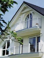 Rundfenster, Schrägfenster, Sprossenfenster, Holzfenster, Aluminium-Holz-Fenster, Aluminiumfenster, Aluminium-Fenster, Kunststoff-Fenster, Festverglasung, Kunststofffenster