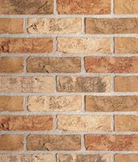 rustikale Handformziegel in Terracotta-Tönen