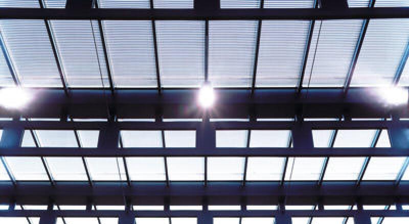 Sonnenschutz, Isolierglas, Lichtlenkung, innenliegende Jalousie, Glas, Lichtlenksystem, Aufheizung, Dachverschattung, Glasdachfläche, Verschattung