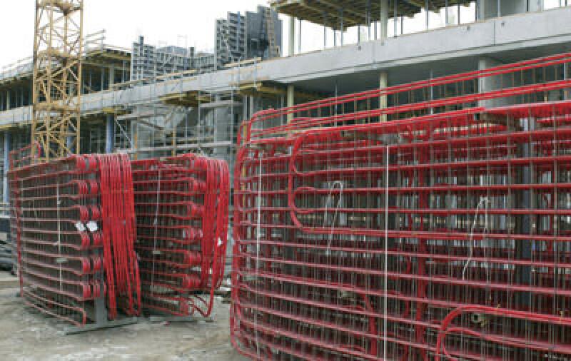 Betonkerntemperierung, BKT, Bauteilaktivierung, Betonkernaktivierung, Bauteiltemperierung, Kühlsystem, Heizsystem, Flächenkühlung, Betonwände, Betonwand, PE-Xa-Rohre, Gebäudetechnik