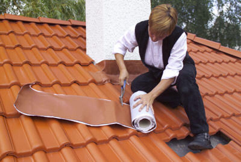 bleifreies Streckmaterial, Kleberaupe, Stehfalzausbildung, Bleiverwahrung, Geneigtes Dach