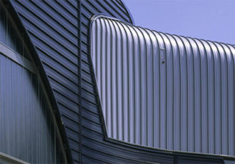 Kalzip Alu-Fassade - BMW Werk in Leipzig von Zaha Hadid: Deutscher Architekturpreis 2005