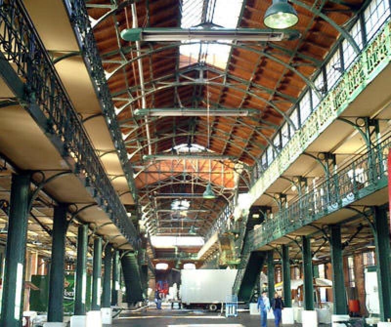 Hamburgs Fischauktionshalle mit Infrarotheizung als Hallenheizung