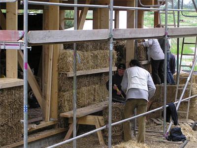 Strohdämmung, Wärmedämmung aus Stroh, Lehmbau