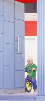 Holz-Haustür, Holzschutz für Holz-Haustüren, Haustür aus Holz, Holztür, Holz-Haustüren, Holzhaustür, Holzschutz, Holzhaustüren, Türlack, Türenlack, Türblatt, UV-stabil