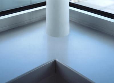 Kantenbeschichtung, Fensterbank, Fensterbänke, ABS-Kantenbeschichtung, Werzalit, Schnittkante, Möbelqualität, Zuschnitt auf Maß, Ausklinkung, Fensterbank-Kante, ABS-Kantenabschluss, Fensterbank-Sortiment