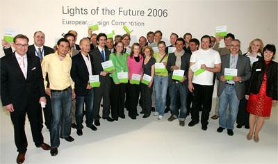 Lights of the Future, Leuchte, energiesparende Leuchten, energieeffiziente Leuchtensysteme, Lichtquelle, Leuchtmittel, Kompaktleuchtstofflampen, stabförmige Dreibanden-Leuchtstofflampen, Halogen-Metalldampflampen, Licht, LED