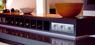 Funk-Thermometer, Außenthermometer, per Funk, Lichtschalterdesign, Display, Innentemperatur, Schalterdesign, Lichtschalter, Steckdose, Schalterprogramm