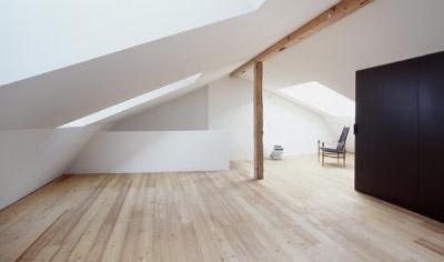 Dachfenster, VELUX, Oberlichter, VELUX Architekten-Wettbewerb, Lichtstimmungen, Lichtlenkung, Mansardendach, Fenster, Tageslicht