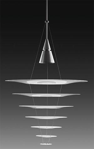 Enigma 825 - schwebendes Licht von Louis Poulsen für sehr hohe Räume ...