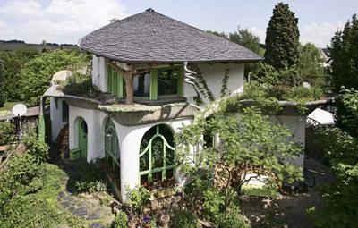 Schieferdach, organische Architektur, wilde Schieferdeckung, organisches Bauen, Schieferdeckung, wilde Deckung
