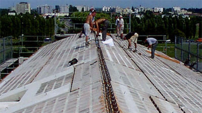 massiver Dachstuhl, Ziegelmassivdach, Massivdach, Steildachsystem, Massivdächer, Ziegelmassivdächer, Steildachsysteme, Dach, Ziegelindustrie, Sparrenbauweise, Schottenbauweise, Dachstuhl, Dächer, Dach, Dacheindeckung, Dachdeckung, sommerlicher Wärmeschutz, Dachschräge, Ziegelelementdecke
