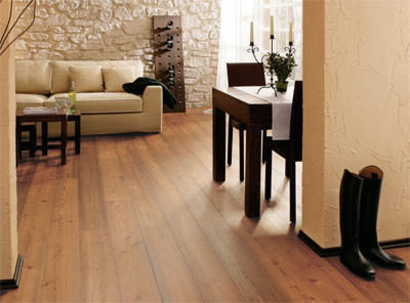 Thermoholz, Parkett, Holzdielen, Landhausdielen, Parkettboden, heimische Hölzer, tropisches Holz, Thermobehandlung, Landhausdiele