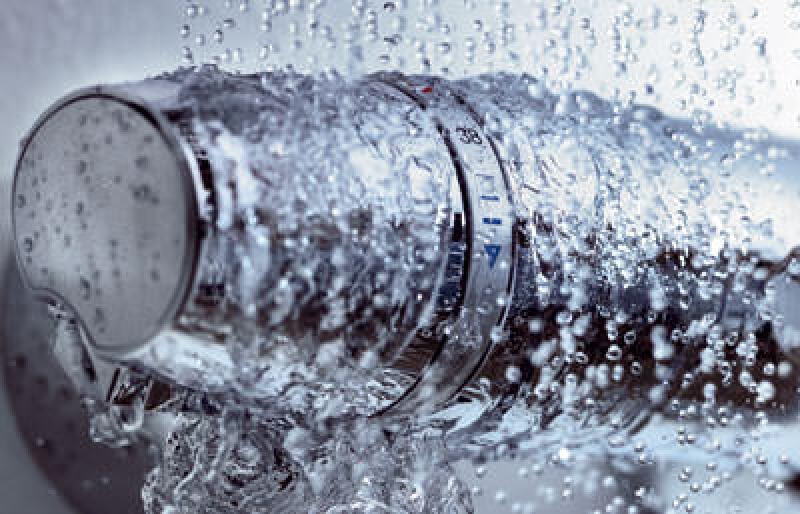 Sanitärarmatur, Sanitärarmaturen, Thermostat, Thermostaten, Grohtherm, Grohe, Turbostat, CoolTouch, Baden, Duschen, EasyLogic, Thermostat-Armatur, Thermostat-Armaturen, Thermostat-Kartusche, Druckschwankungen, EcoButton, SafeStop
