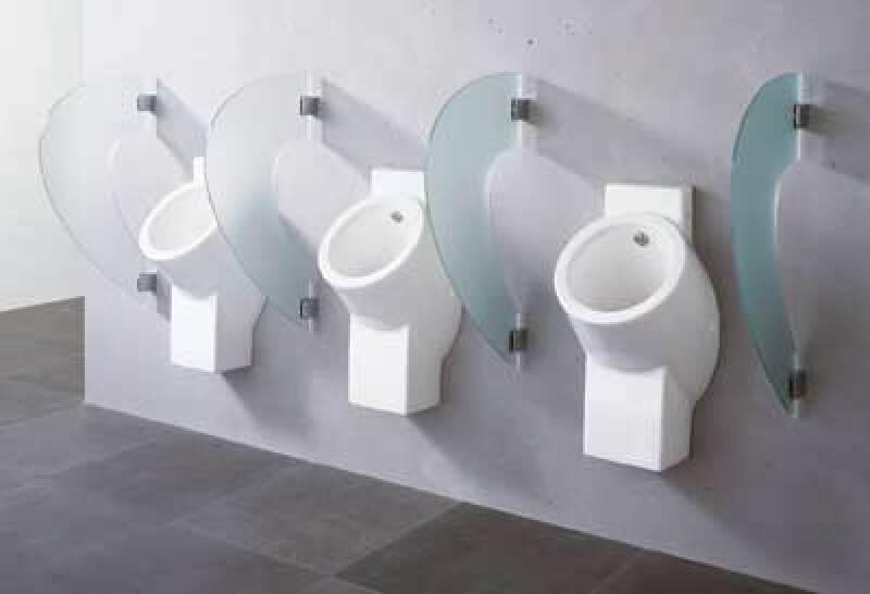 Schamwand, Schamwände, Urinal, Trennwand, Urinalanlage, Urinalanlagen, Urinale, Sanitäranlage, Sanitäranlagen, Sanitär-Trennwand, Einscheiben-Sicherheitsglas, ESG, Mineralwerkstoff, Varicor, Hybridurinal