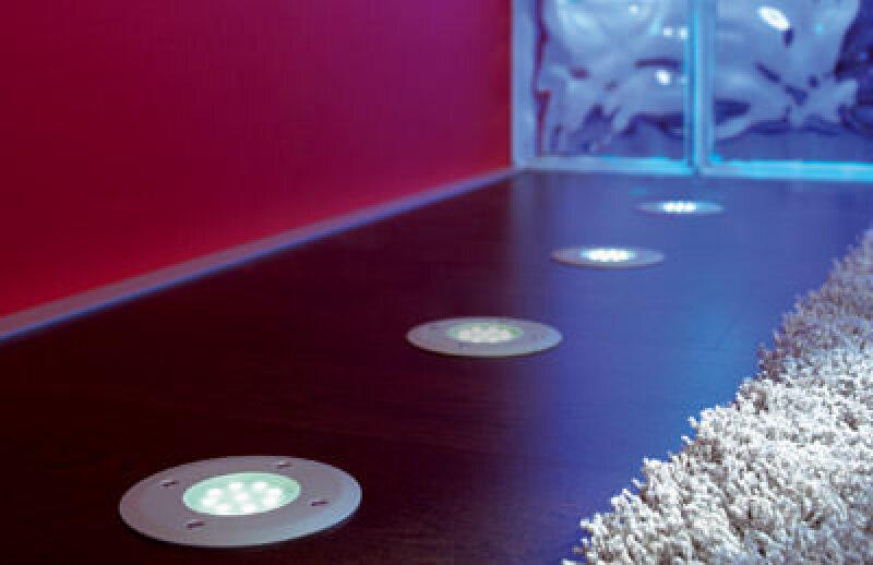 LED-Leuchten, Bodeneinbaustrahler, Bodeneinbauleuchte, LED-Lichtlösungen, Bodeneinbauleuchten, Lichtemittierende Dioden, LED, Möbelleuchte, Ausleuchtung, Lichttechnik, Leuchtmittel, Lichtfarben, Ladenbau, Akzentbeleuchtung, LED-Spot