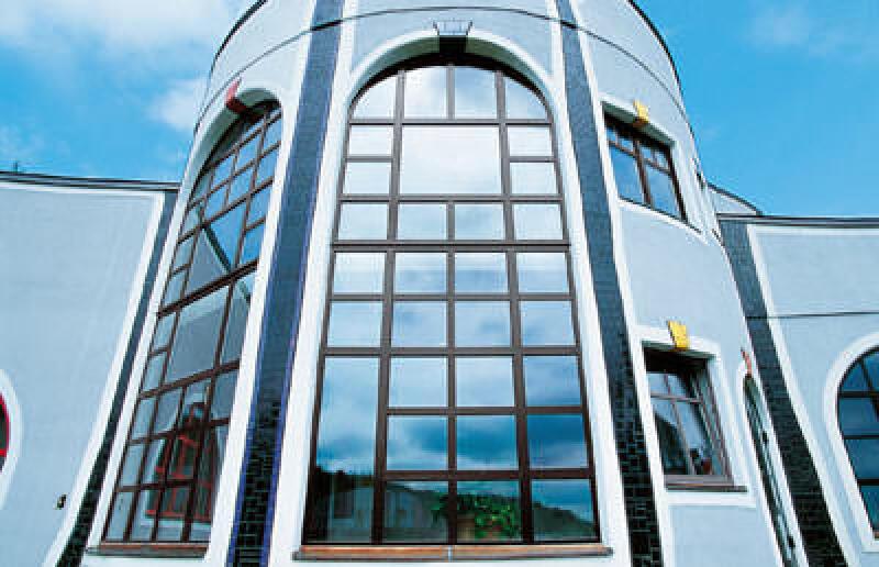 bunte Fensterrahmen, Trocal-Fenster, bunte Fenster, Fensterprofilfolie, farbige Fenster, Holzdekor, aufklipsbare Alu-Schale, Farbe, Holzstrukturen, Folien, Holzdekore, Kunststoffprofil, coextrudierte Profile, Acryl, PVC, Anschlagdichtungsprofile, Kunststoff-Alu-Fenster, Mitteldichtungsprofile