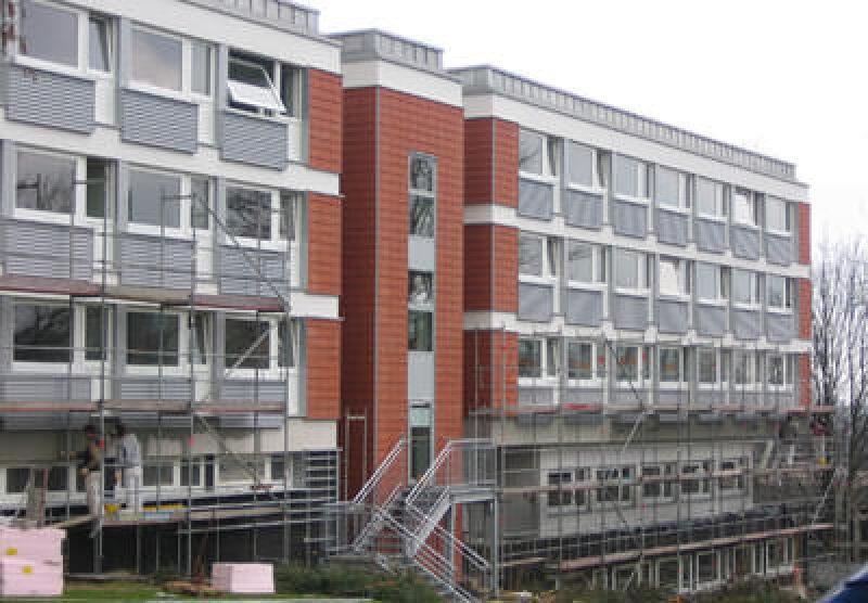 Schwingflügel-Fenster, Schwingflügel-Fensterbeschlag, Fenster mit Schwingflügel