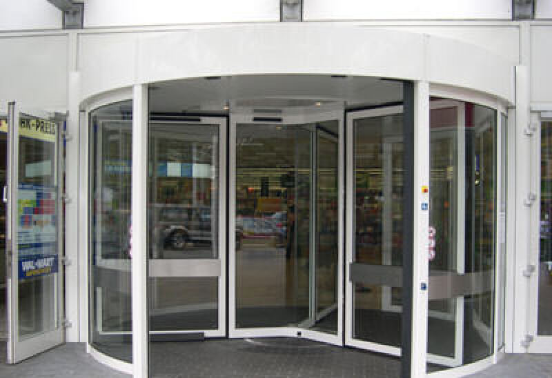 Automatische Türsysteme, Automatiktüren, automatisches Türsystem, Automatiktür, Fassadengestaltung, sichere Türfunktion, Wartungsvertrag, Fassadensystem