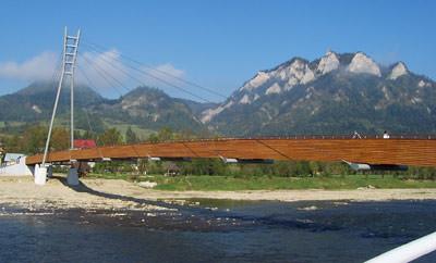 Holzbau Holzhausbau Ingenieurholzbau International Engineered Timber Construction IETC Sonderbauwerke. HolzbauunternehmenHallenbau