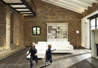parkett erobert bad und k che parkettboden im barfu bereich. Black Bedroom Furniture Sets. Home Design Ideas