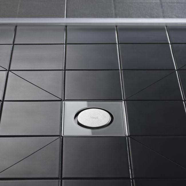 dusche mauern glasbausteine raum und m beldesign inspiration. Black Bedroom Furniture Sets. Home Design Ideas